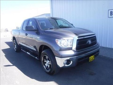 Pre-Owned 2012 Toyota Tundra Grade 5.7L V8 4x4 Double Cab 6.6 ft. box 145.7 in. WB